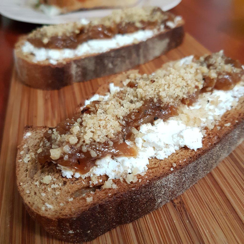 Firindan ekmek ustu