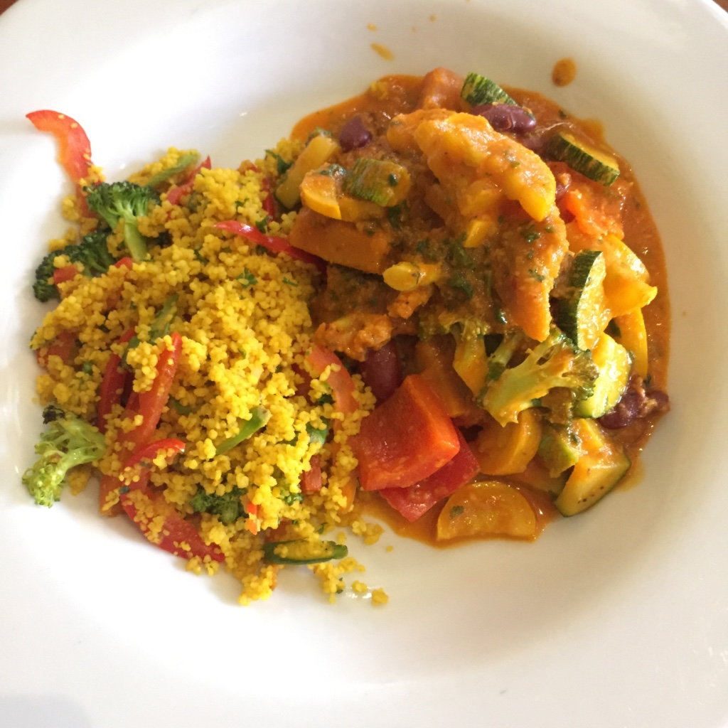 Green organic cafe african curry