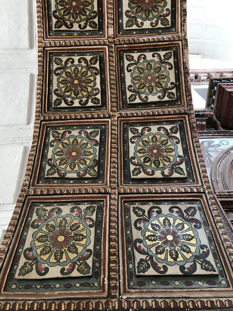 St. Francis Assisi Kilisesi'nin içi <3